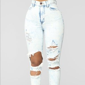 Acid wash Fashion nova jeans